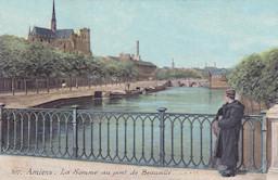 Le célèbre pont Beauvillé à Amiens, financé par Victor de Beauvillé. Cliquez pour agrandir.